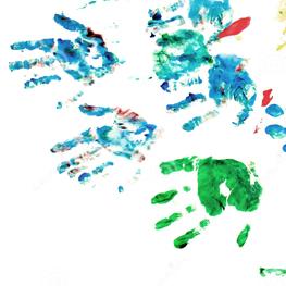 patio-de-la-pintura-de-la-mano-de-los-niños-13147086